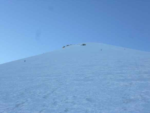 Looking up the Jamapa glacier - the three Canadian climbers are above.